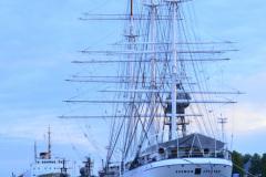 Zaglowiec-Suomen-Jorsen-w-porcie-w-Turku-Finland