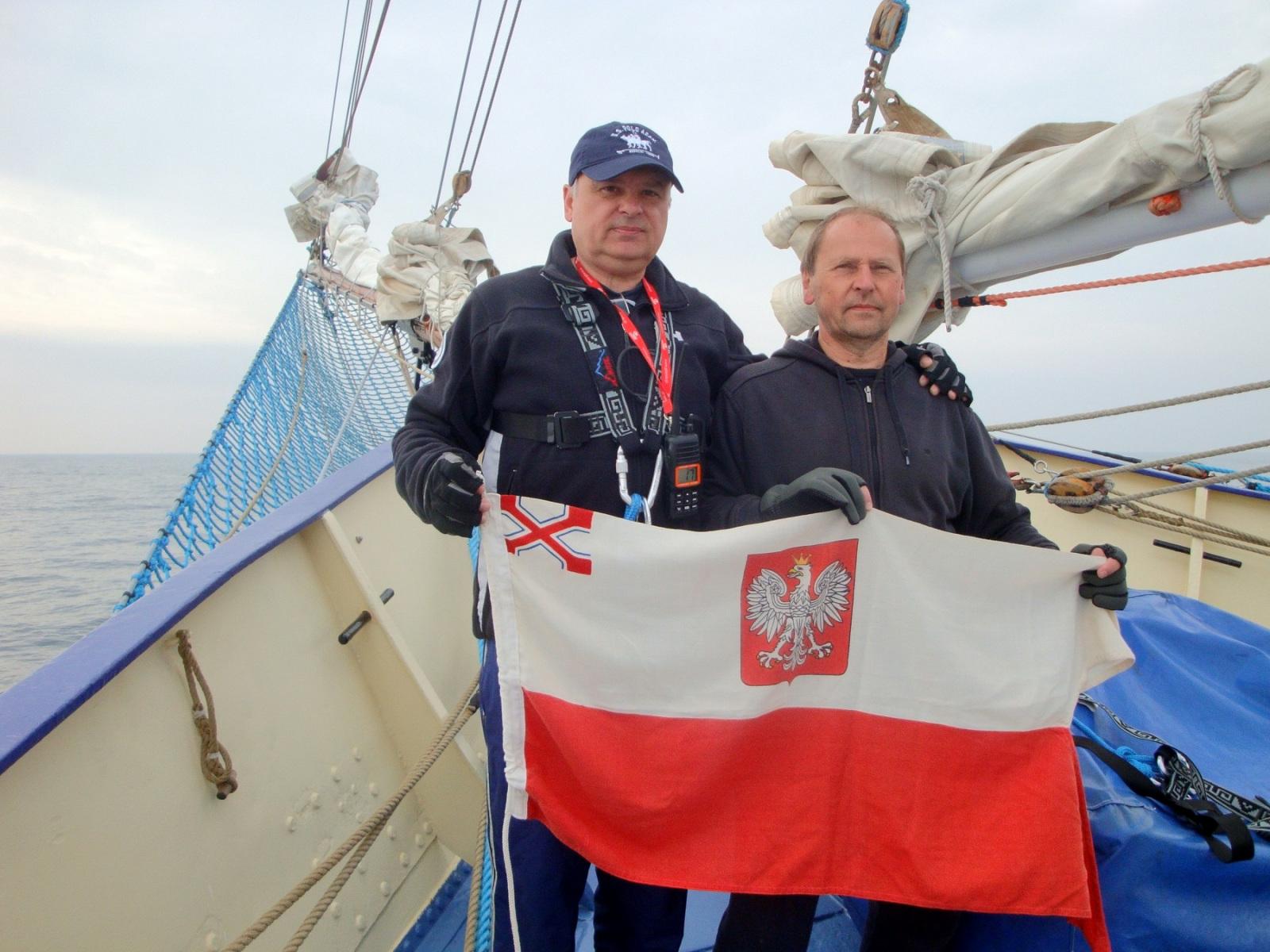 Komandorzy-Konrad-Fedyna-i-Wieslaw-Rzytowiecki-na-STS-Kpt.-Borchardt