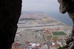 Widok-na-pas-startowy-na-Gibraltarze-skad-startowal-Gen.-Sikorski
